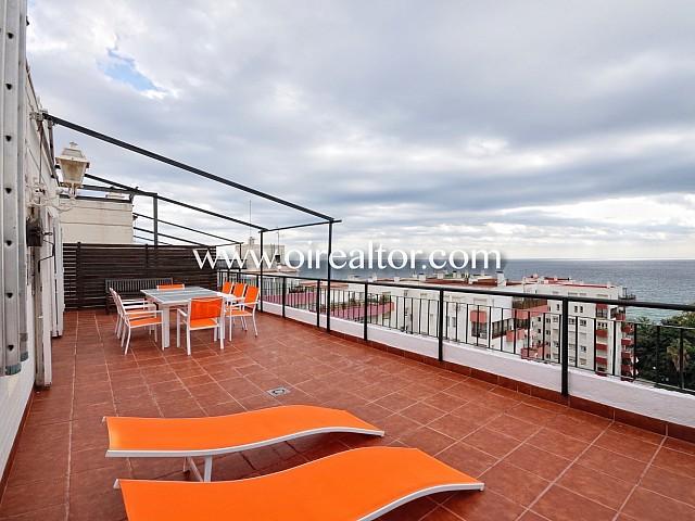 Beau penthouse duplex avec vue sur la mer à  El Masnou, Maresme