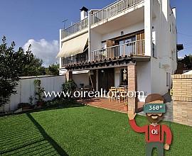 Maison unifamilial à vendre à Arenys de Mar à 5 minutes de la plage, Maresme