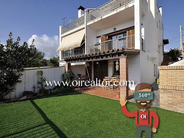 Einfamilienhaus zum Verkauf, nur 5 Minuten vom Strand, in Arenys de Mar in Maresme