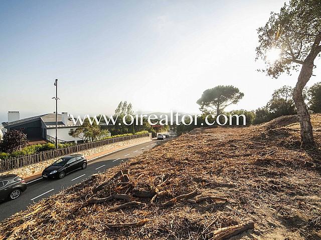 2.200 m2 Parzelle zum Verkauf mit Aussicht zum Meer in Sant Vicenç de Montalt, Maresme