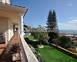 Maravillosa casa con vistas al mar en Premiá de Dalt