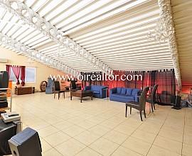 Nave ideal para oficinas y cowork en zona premium Poblenou, Barcelona