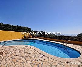 Preciosa casa con jardín y vistas al mar en Arenys de Mar