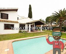 Spectacular rustic real estate in Los Viñedos, Sant Pere de Ribes