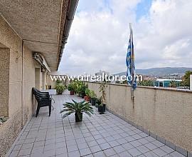 Ático  en venta con terraza con vistas en Vilassar de Mar