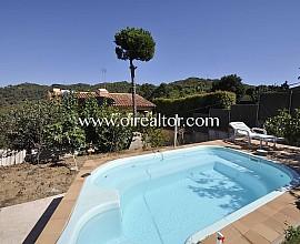 Fantástica casa en venta a cuatro vientos en Urb. Can Vilardell, Mataró, Maresme