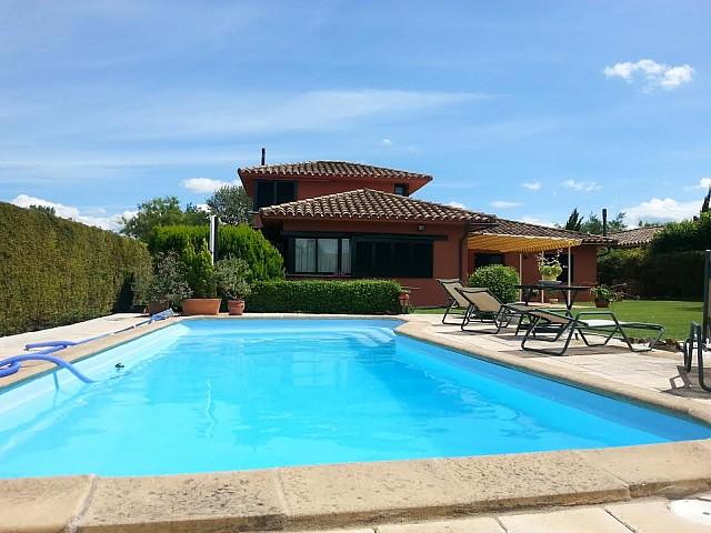 Casa unifamiliar en venta junto al Golf de Torremirona, Girona