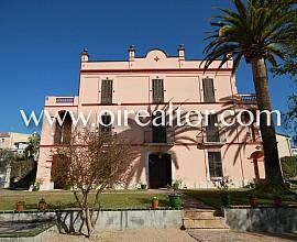Masía espectacular en Sant Pere de Ribes con casa anexa moderna