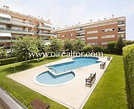 Elegante apartamento en venta en zona Can Pei de Sitges, Garraf
