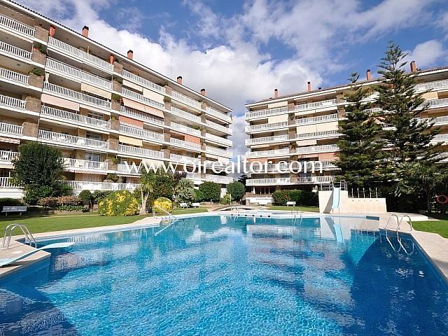 Appartement au rez-de-chaussée en vente dans un charmant lotissement de Vilassar de Mar, Maresme