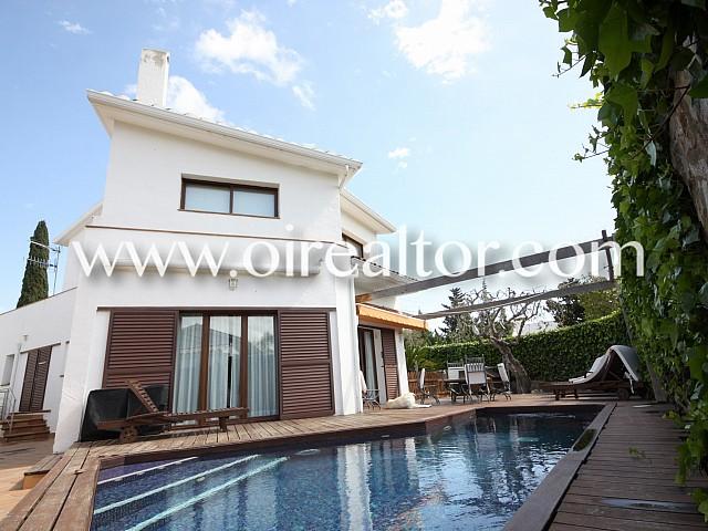 Magnífica casa amb piscina a l'exclusiva urbanització Los Viñedos, Sant Pere de Ribes