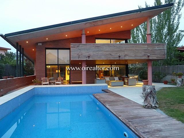 Продается роскошный дом в Виланова и ла Желтру