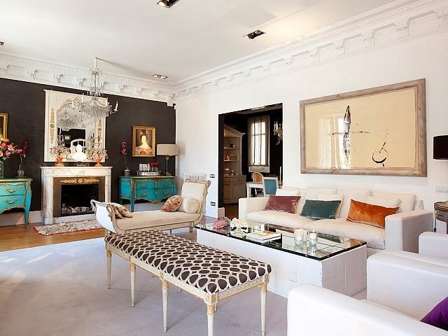Luxusapartment zum Vermieten in Eixample Dreta, Barcelona