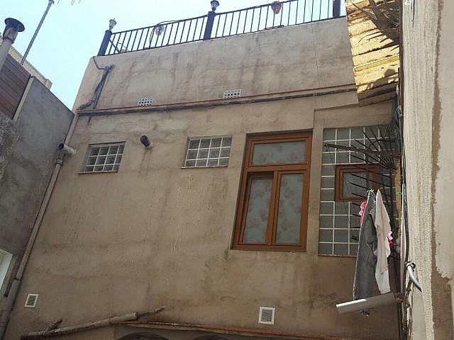 Immeuble en vente à Barcelone, à réhabiliter avec deux unités cadastrales dans le Poblenou