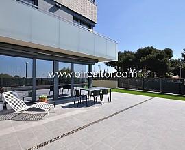 Preciosa casa de obra nueva con piscina comunitaria en Teià, Maresme