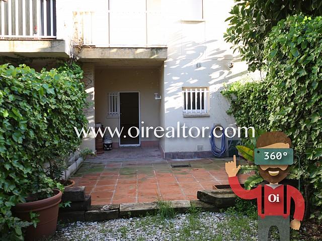 Acollidora casa adossada al centre de Vilanova i la Geltrú