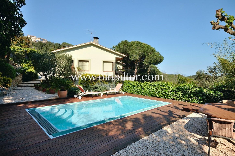 Excelente casa con piscina y vistas a mar en arenys de munt oi realtor - Casas en arenys de munt ...