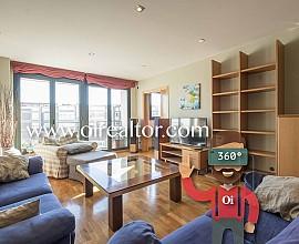 Fantástico piso en venta en el barrio de las Tres Torres, Barcelona