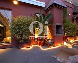 Espectacular y exótico ático en venta en el Raval