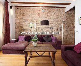Apartamento en venta con reforma y bonitos detalles de origen en el Borne, Barcelona