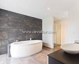 Spectacular home for sale with views over Parc de Collserola