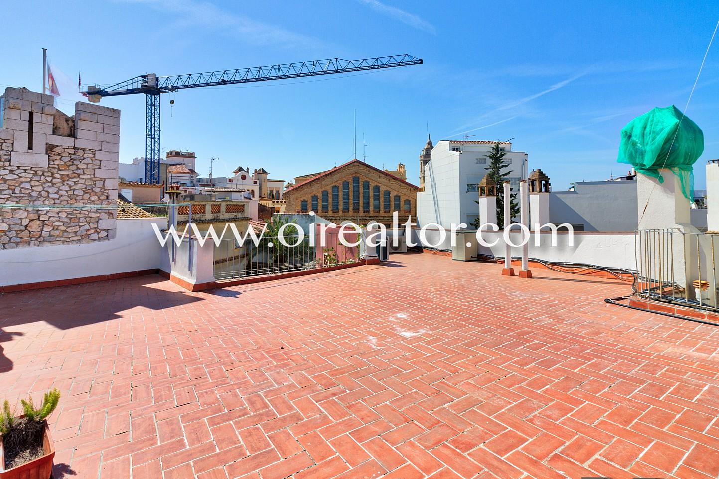 Singular apartamento con licencia tur stica en el centro hist rico de sitges oi realtor - Apartamentos mediterraneo sitges ...