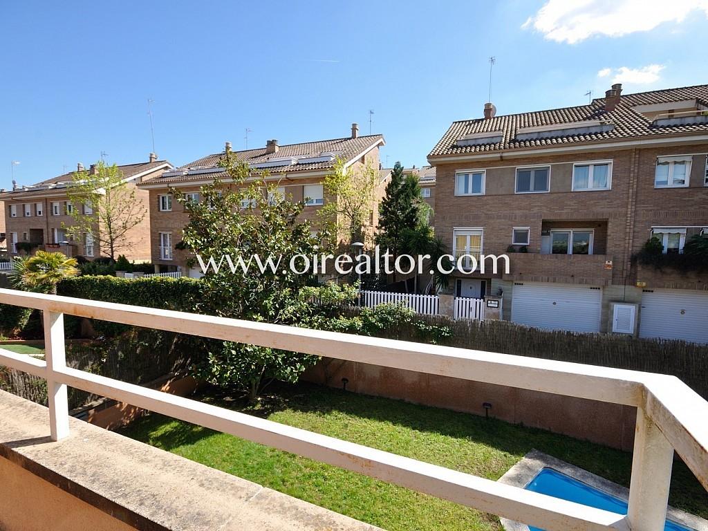 Bonita casa esquinera de 285 m2 con piscina en sant quirze - Casa en sant quirze del valles ...