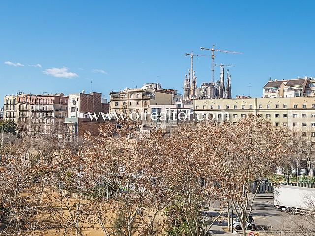 Appartement à rénover à vendre dans emplacement privilégié sur la Sagrada Familia