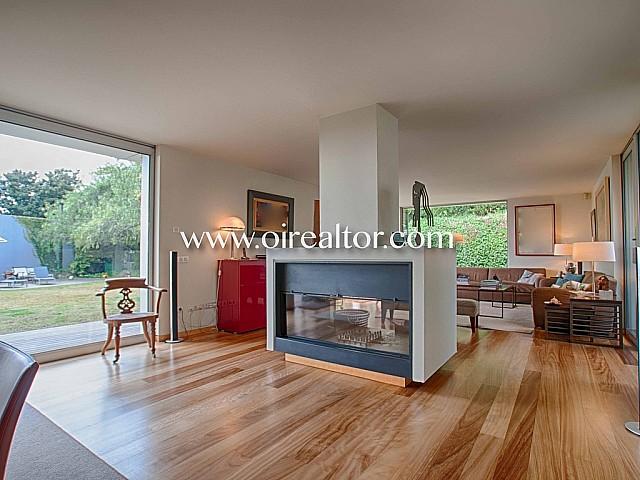 Excelente casa unifamiliar de diseño en venta en la parte alta de Sant Gervasi-Bonanova