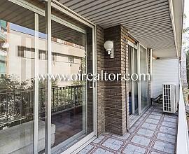 Piso en venta con licencia turística en el centro de Barcelona