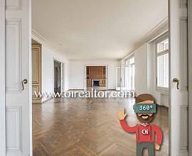 Exclusiva propiedad en venta de 743 m2 en el Turó Park
