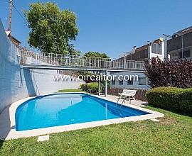 Duplex zum Verkauf mit Aussichten zum Meer in Horta, Barcelona