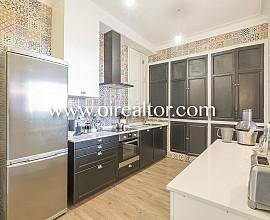 Renewed flat for sale in finca regia in Naples street