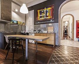 Spectacular modernist apartment on Rambla Catalunya