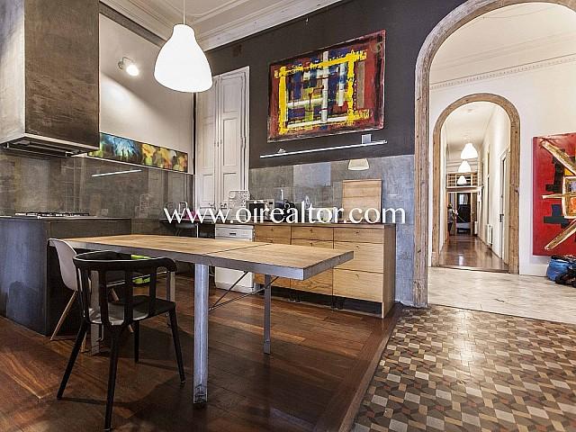 Spektakuläres Apartment im modernistischen Stil auf der Rambla Catalunya