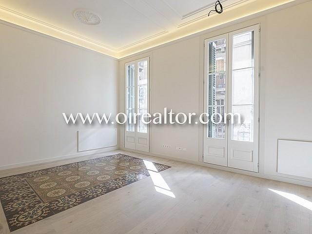 Fantástico piso reformado en bonita finca regia en Gracia, Barcelona
