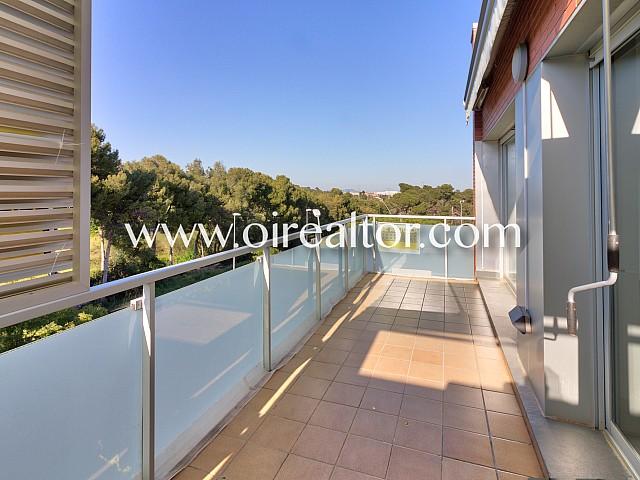 Fantástico ático dúplex con vistas en Castelldefels
