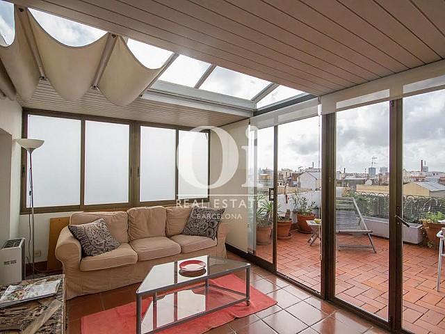 Vistas de sala de estar de dúplex en alquiler en Sant Gervasi, Barcelona