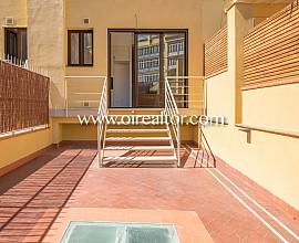 Fabuleux appartement flambant neuf avec terrasse de 80 m2 à louer en plein centre de Barcelone