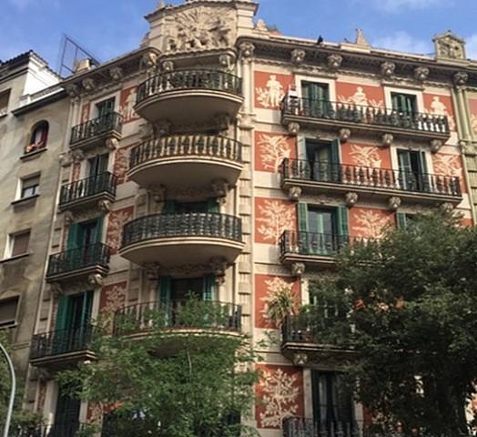 Продается здание в центре Эшампле Эскерра