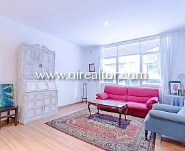 Amplio y soleado piso de 220m2 en venta en el Eixample Esquerra, Barcelona