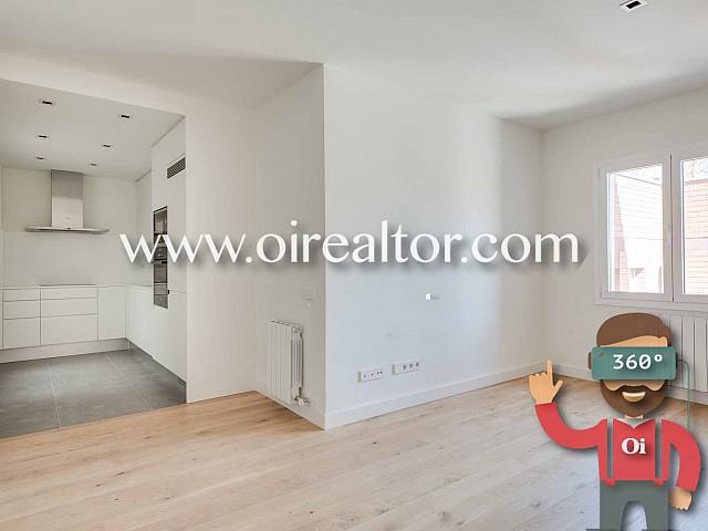 Gemütliche Wohnung, die kürzlich renoviert wurde, in Eixample Esquerra, Barcelona