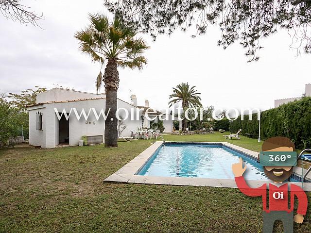 Villa von einem einzigen Stock mit Schwimmbad in Sant Pere de Ribes