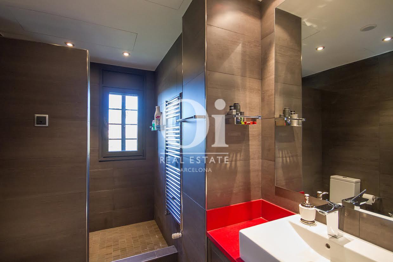 Baño de casa en venta en Sant Just Desvern