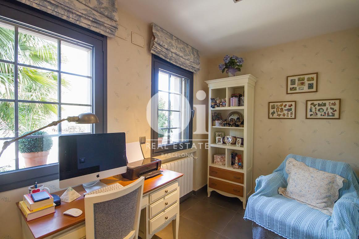 Despacho de casa en venta en Sant Just  Desvern