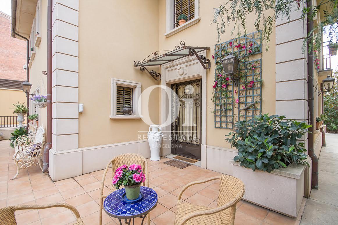Ansicht in eindrucksvollem Luxus-Haus zum Kauf in Sant Just Desvern in Barcelona