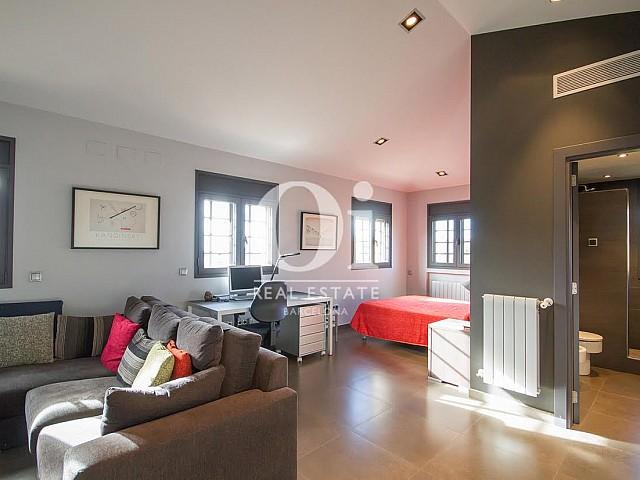 Estancia de casa en venta en Sant Just Desvern