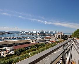 Amplio piso  en venta con vistas al puerto de Arenys de Mar