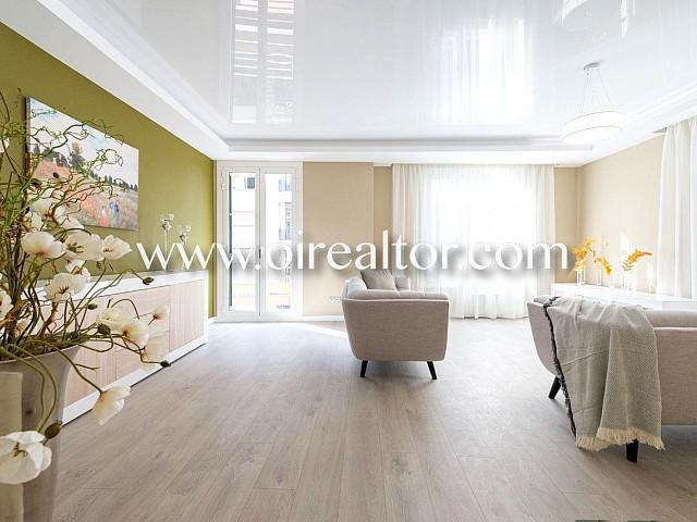 Продается роскошная квартира в Сант Жервази