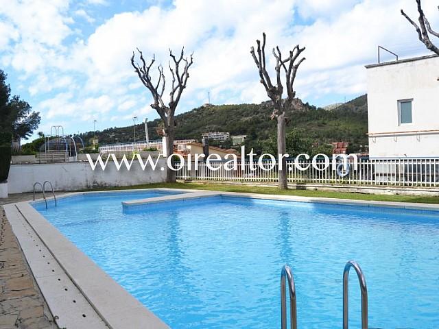 Gemütliches Apartment mit Gemeinschaftsschwimmbad in Poal, Castelldefels